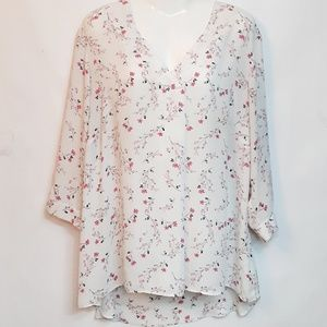 Rose+Olive Floral V Neck Blouse Size 2x Plus Top